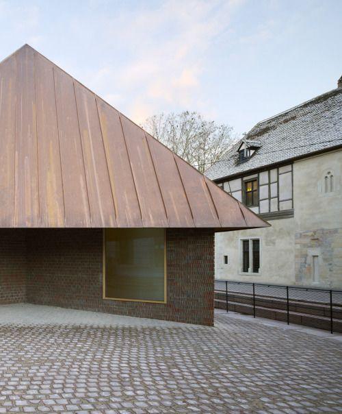Finn Wilkie Herzog De Meuron Musee Unterlinden Colmar 2015 Www Herzogdemeuron Com Architecture Minimalist Architecture Architecture Design