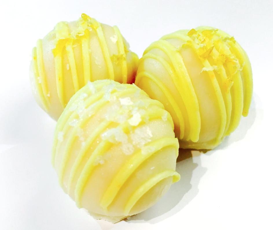 Limoncello Cake Ball Lemon Cake Mixed With Limoncello And Lemon