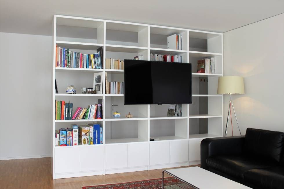 wei es b cherregal mit integriertem tv fach tv tvfach regal shelf whiteshelf wei esregal. Black Bedroom Furniture Sets. Home Design Ideas