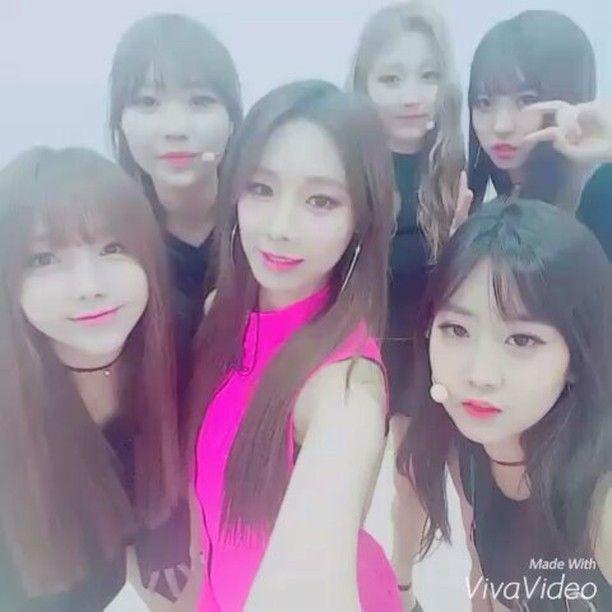 Bestie´s Dahye y Uji con Lovelyz´s Kei, Yein y Sujeong