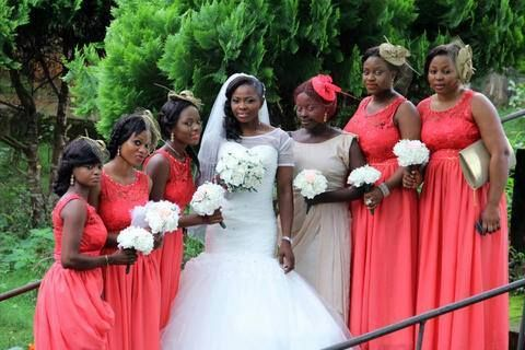 a3b12de7 24 REAL Bridesmaids Hair Fascinators & Hats Ideas | Lisa's wedding ...