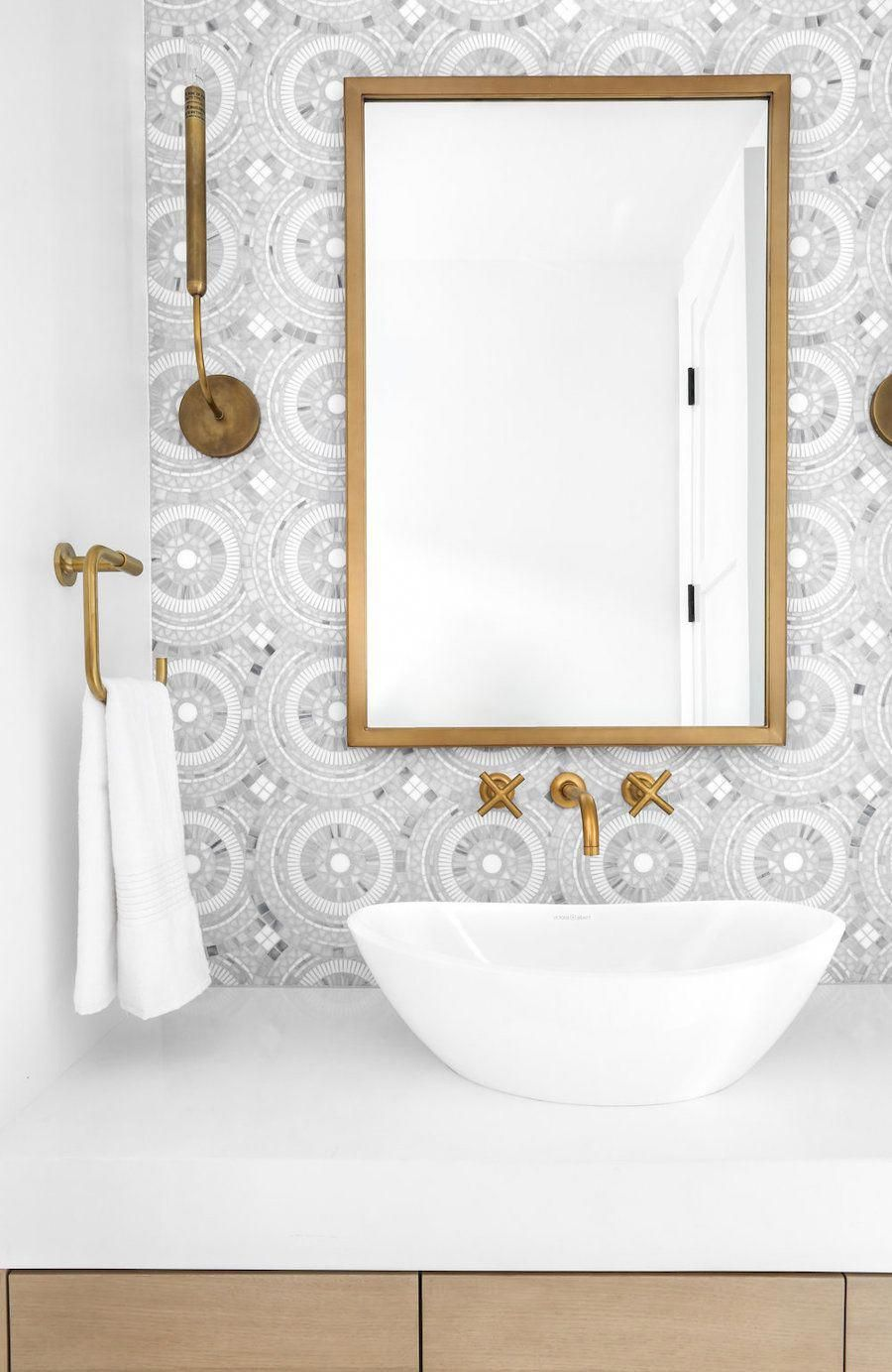 Photo of 21 Brass Bathroom Fixtures You Probably Need