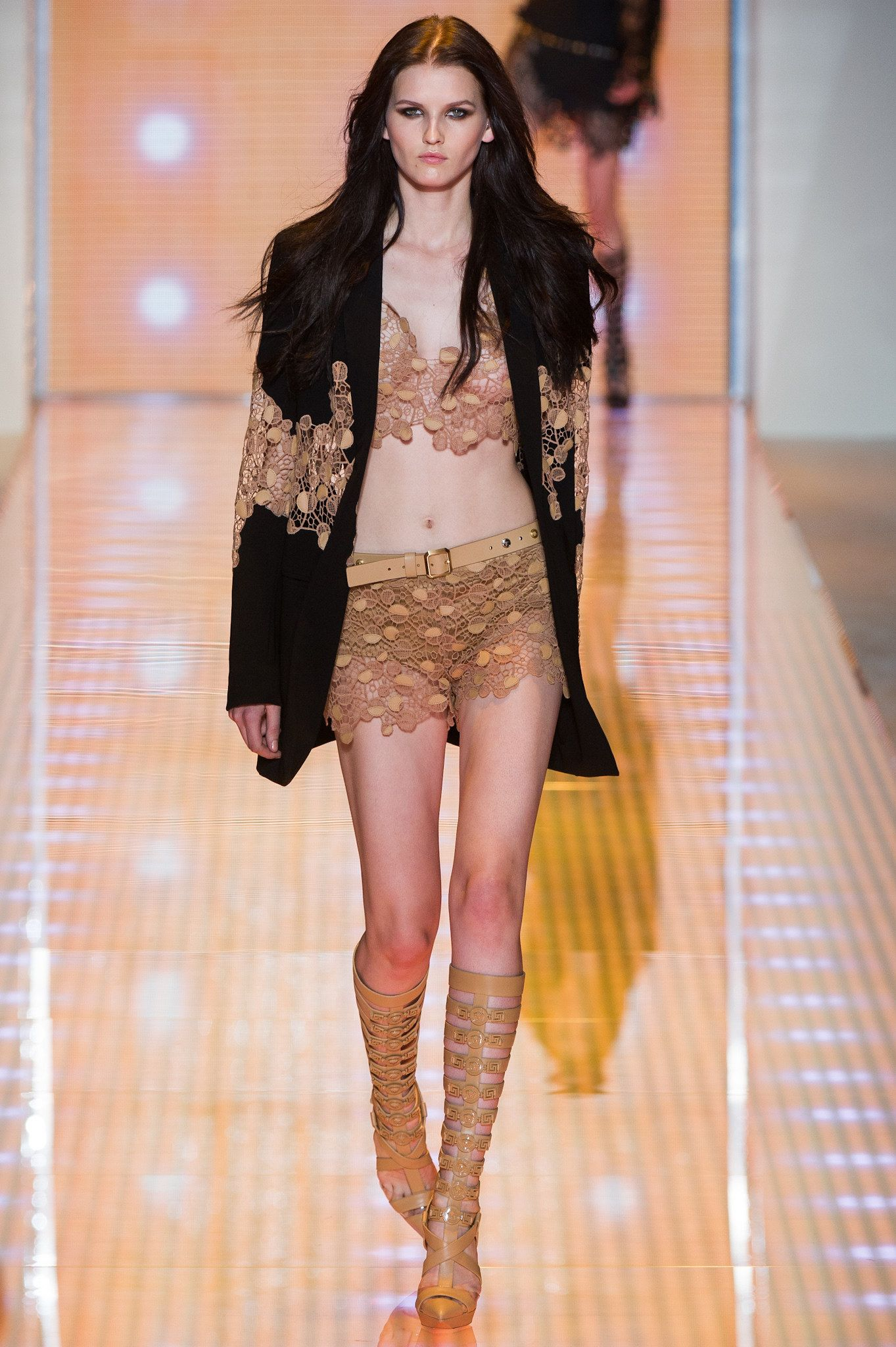 Versace Spring 2013 Ready-to-Wear Collection Photos - Vogue