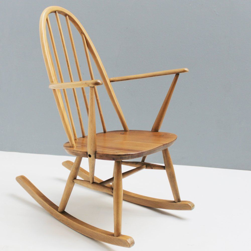 For Sale Small Quaker Mod 428 Rocking Chair By Lucian Ercolani For Ercol In 2020 Rocking Chair Chair Ercol
