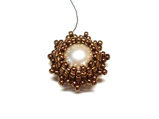 Rooted MC beads. Vintage earrings with pendant | biser.info - all about beads and beaded works