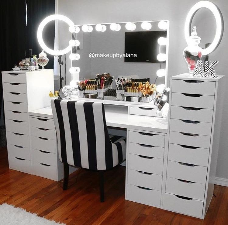 130 adorable makeup table inspirations vanities for Beauty parlour dressing table images