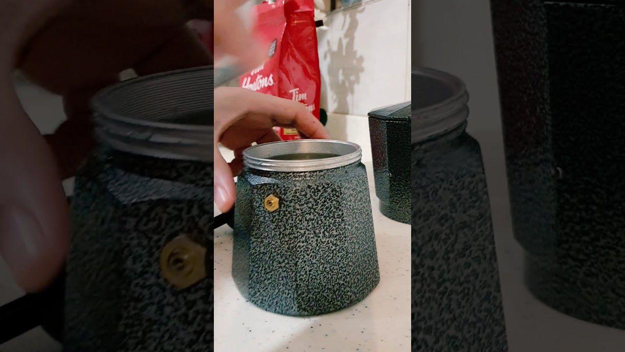 طريقة عمل قهوة اسبريسو بإبريق الموكا Moka Bot Moka