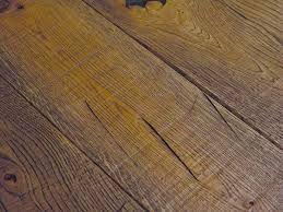 Risultati immagini per legno chiaro pregiato