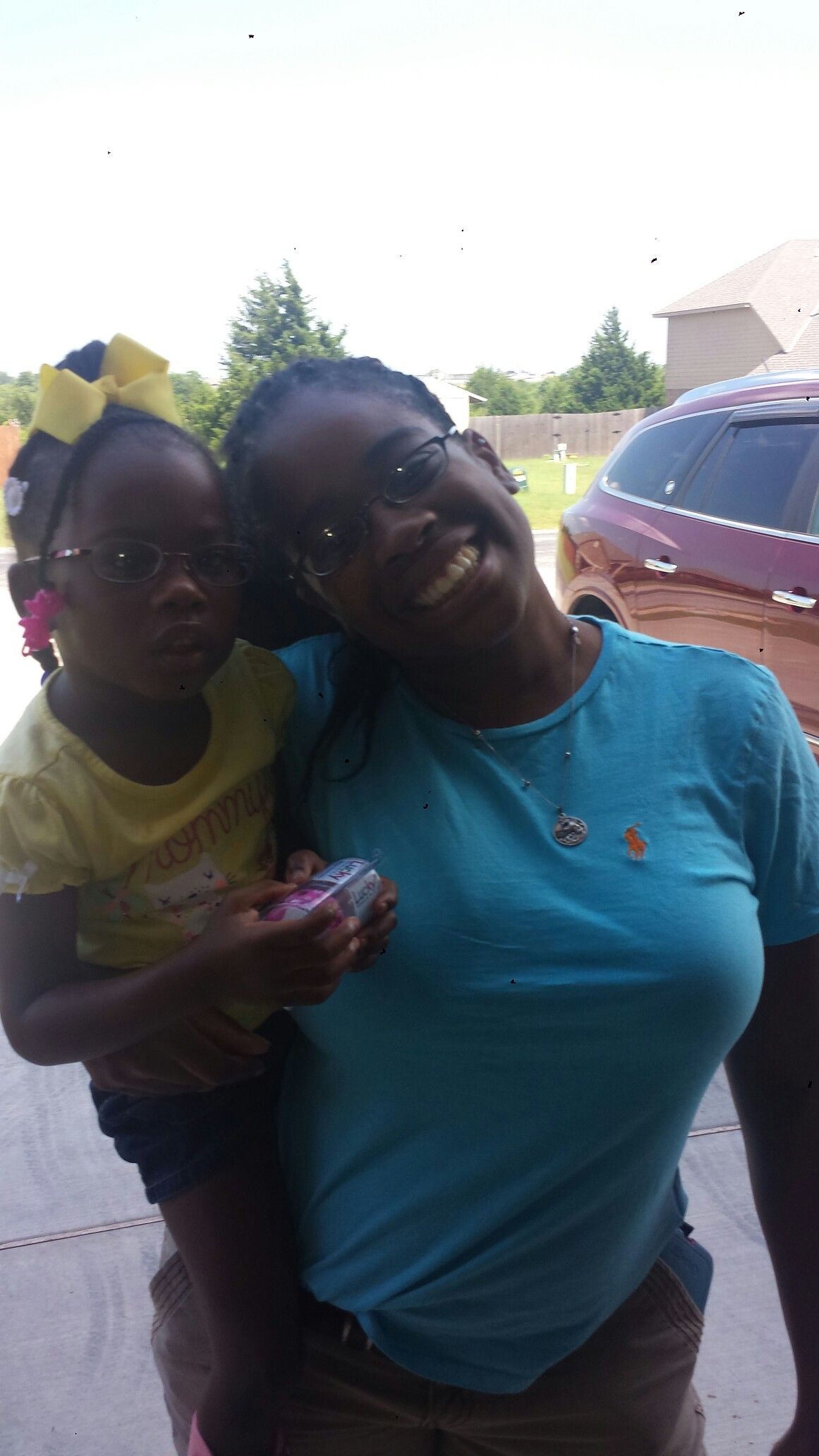 Auntie with my cousin/her daughter. #twins.