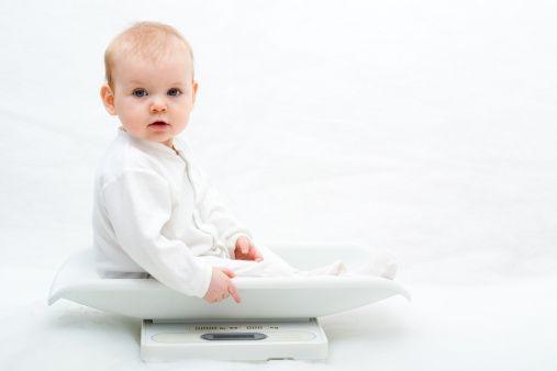 """Babys können manchmal ziemlich rätselhaft sein. Wir sind gespannt, wie gut Ihr Euch auskennt, wenn es um Babys und ihre Besonderheiten geht. Testet Euer """"Insider-Wissen"""" in unserem Baby-Quiz: http://www.eltern.de/baby/4-8-monate/babyentwicklung-wissensquiz.html"""