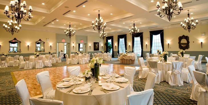 The Dyker Beach Golf Course Offers The Amenities And Service Of Manhattan Style Catering Compleme Wedding Website Free Country Club Reception Time Lapse Video