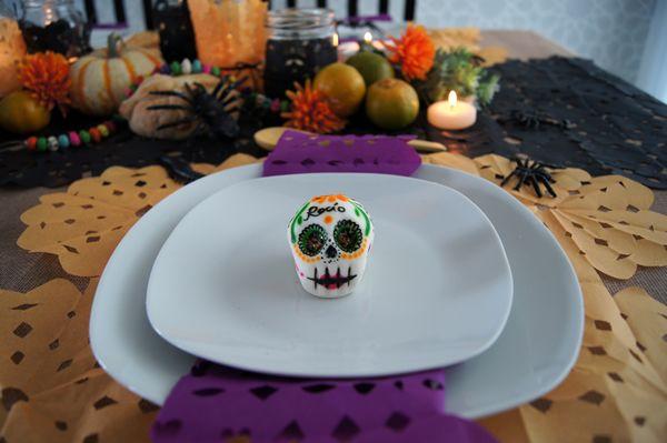 Mesa de Halloween y Día de muertos