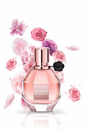 What It Is Viktor Rolf S Acclaimed First Feminine Fragrance Flowerbomb Is A Floral Explosion That Makes Everything Flower Perfume Flower Fragrance Perfume