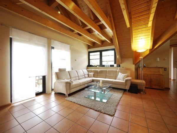 Wohnzimmer Terracotta Boden