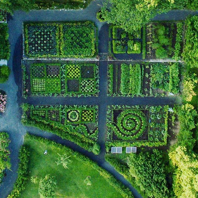 Aerial photo of the Hovelsrud Farm, historic garden