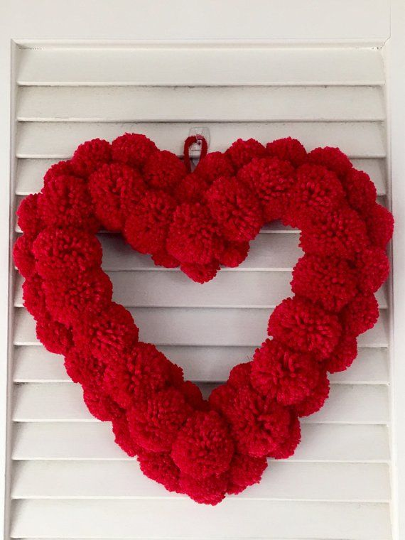 Red heart-shaped pom pom wreath - handmade Mother's day gift - Valentine's day decoration - Red wedding wreath
