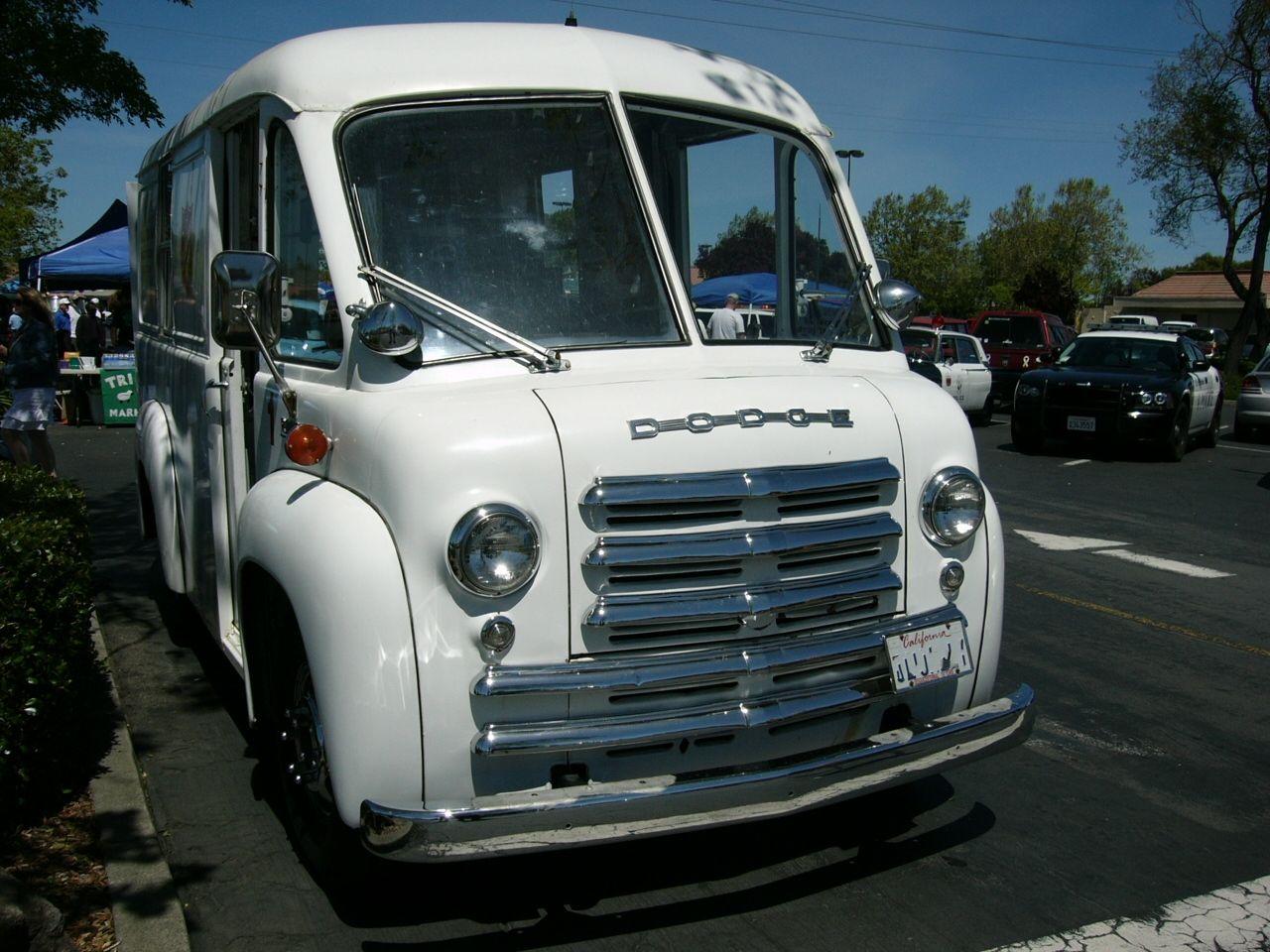 Dodge Route Van Photos News Reviews Specs Car Listings Small Trucks Dodge Dodge Trucks