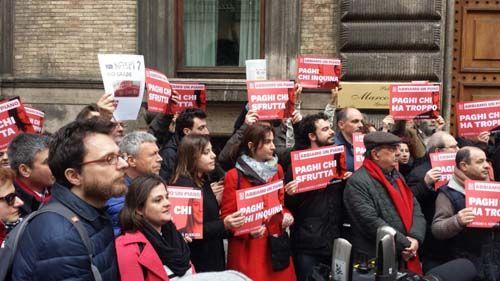 Referendum su voucher e appalti Sinistra Italiana alla manifestazione di Roma
