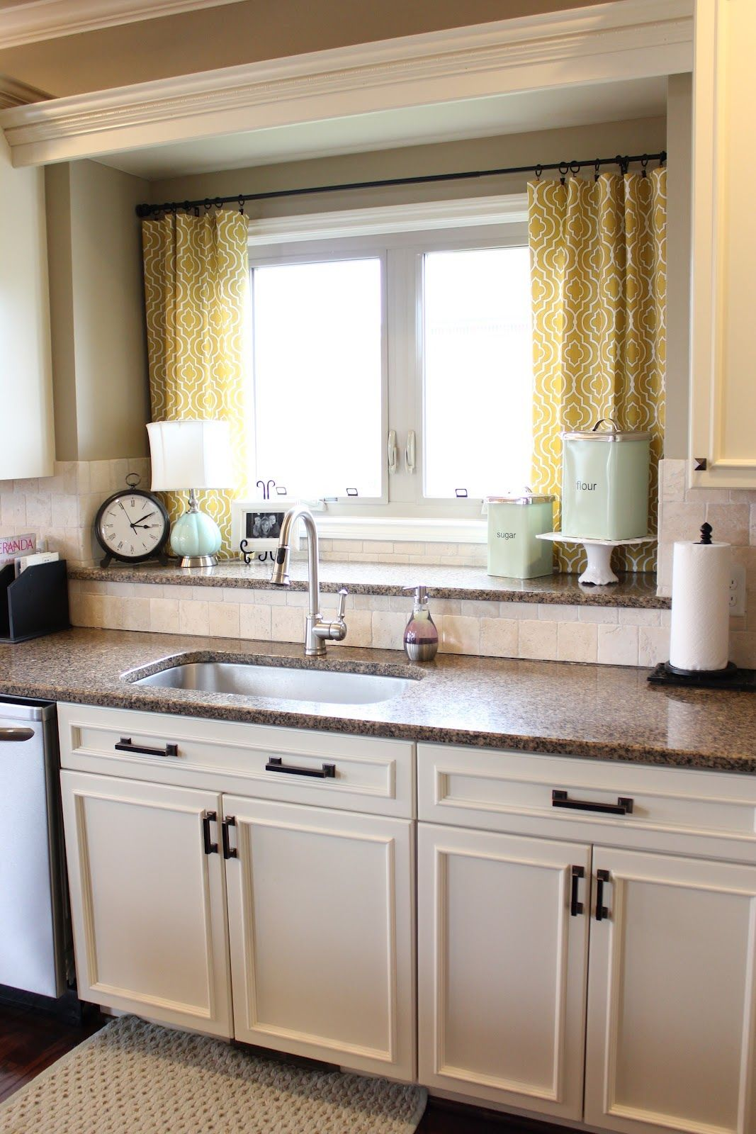 Kitchen Window Treatments Ideas Moen Brushed Nickel Faucet Nifty Treatment Idea Also Love The Double Sill For Storage Decor Over Sink