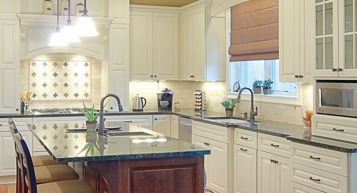 Astounding Pioneer Cabinetry Quality And Craftsmanship In Kitchen And Beutiful Home Inspiration Ommitmahrainfo
