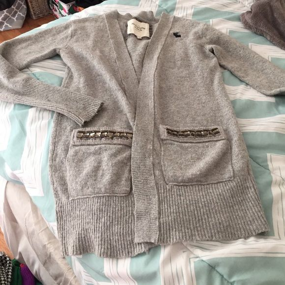 Abercrombie sweater gray size small | Long sweaters, Abercrombie ...