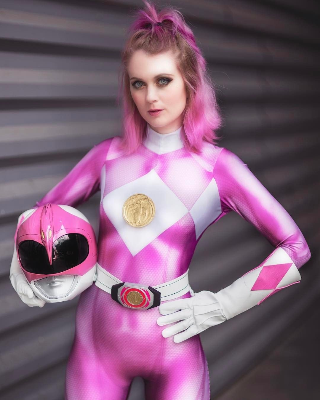 Wonder Woman Pink Cosplay: Shenay Stellar As Pink Ranger (Power Rangers)