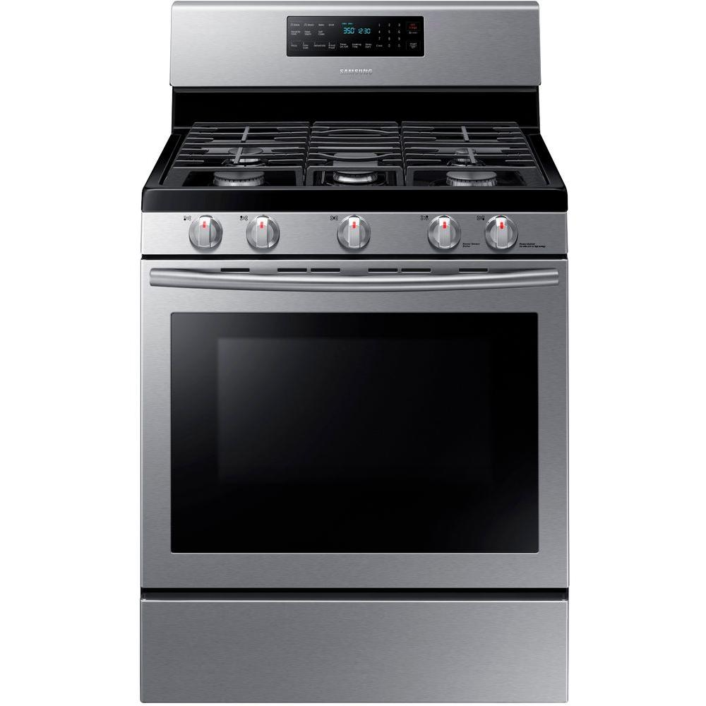 Samsung 30 In 5 8 Cu Ft Gas Range With Self Cleaning And Fan Convection Oven In Stainless Steel Nx58h5600ss Convection Range Gas Range Gas Oven
