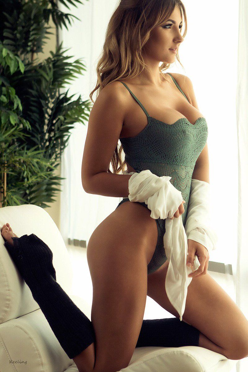 Polina Sitnova nudes (32 foto and video), Tits, Paparazzi, Feet, bra 2006