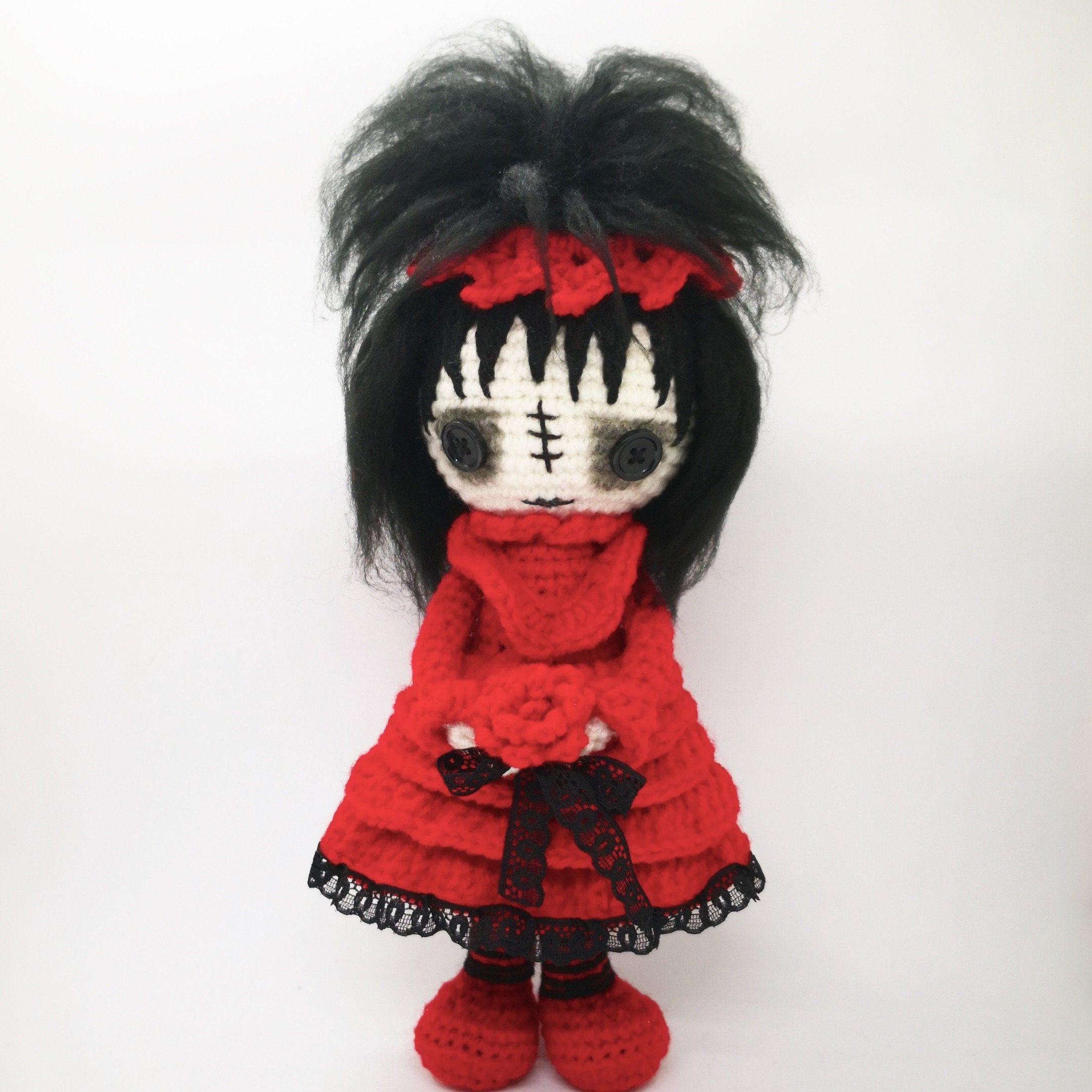 CROCHET PATTERN Lydia Deetz doll, whimsical creatures, Amigurumi Beetlejuice, Creepy cute amigurumi crochet doll, crochet pattern goth doll