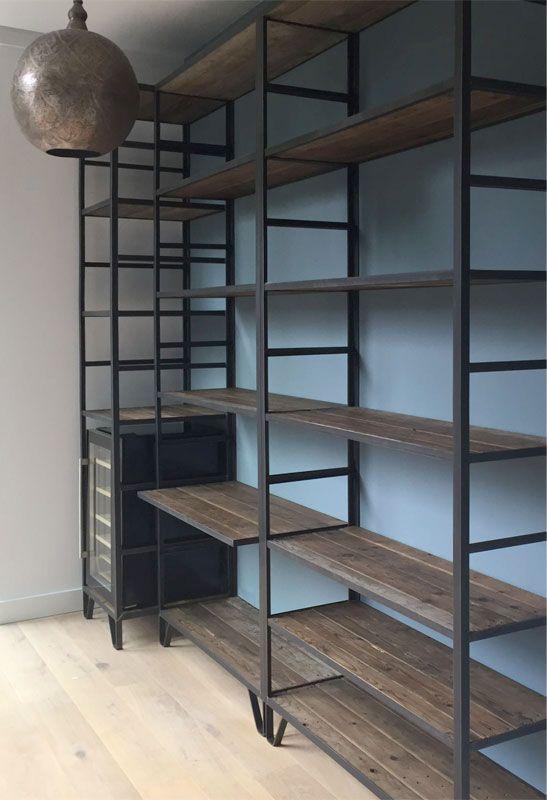 Afbeeldingsresultaat voor grote boekenkast industrieel wonen scandinavian industrial - Boekenkast hout en ijzer ...