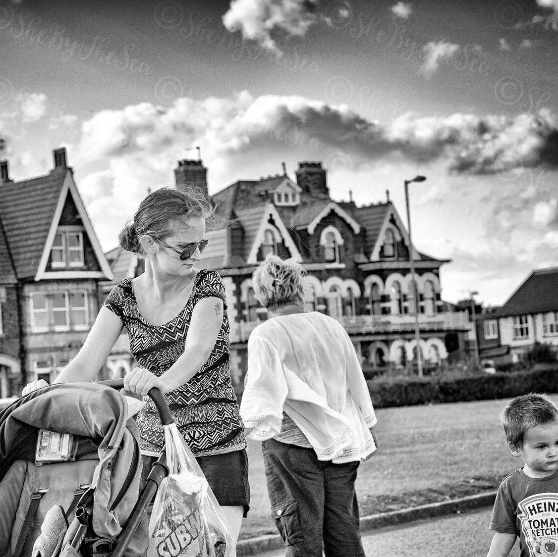 Original photo street urban photography black u white print lady
