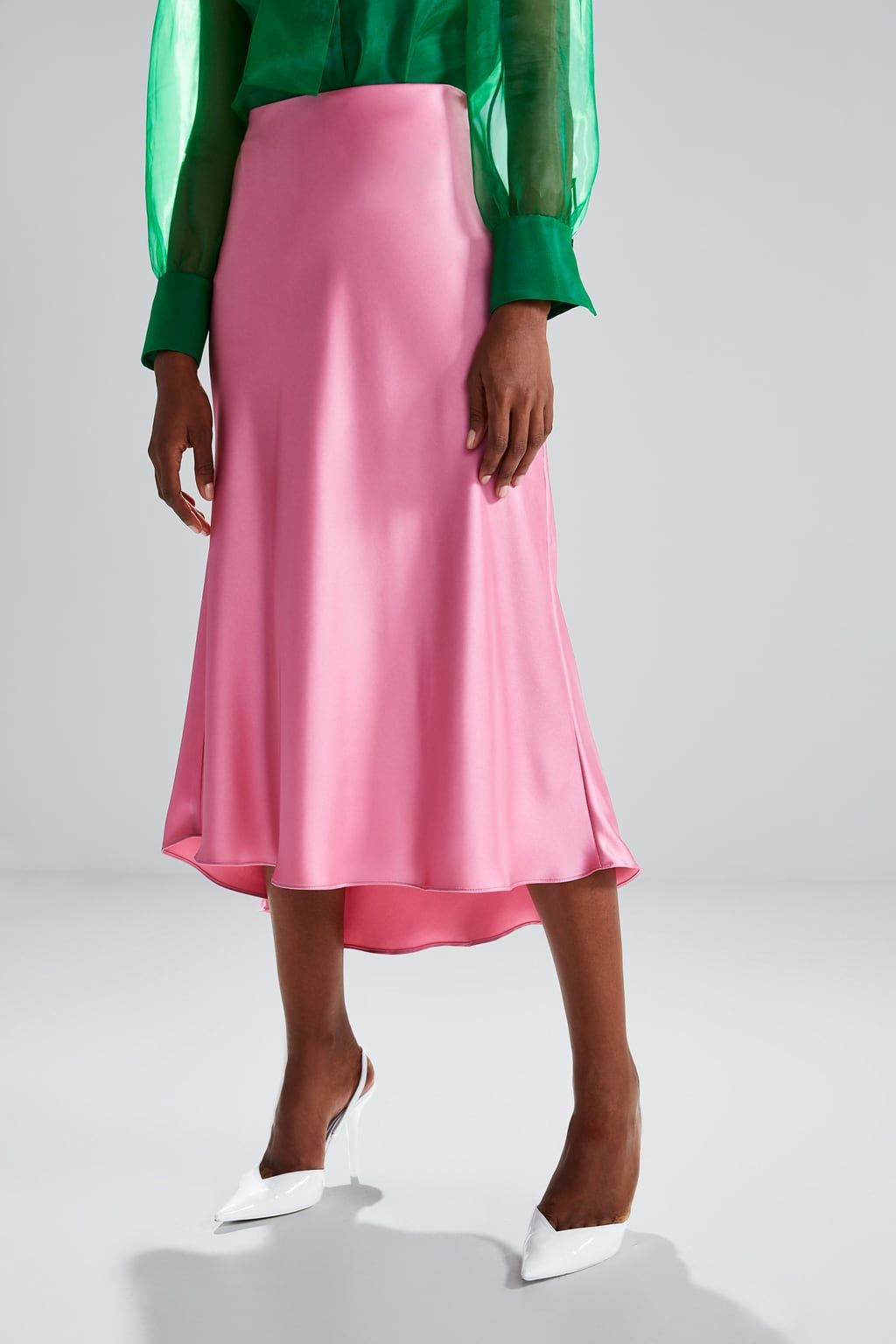 4b50d2c57b Satin skirt in 2019 | Style: Clothes | Satin skirt, Skirts, Flowy skirt