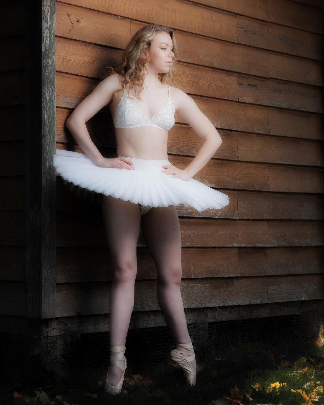Warm Ballet Autumn Photoshoot Blonde Dance Tutu Pointe