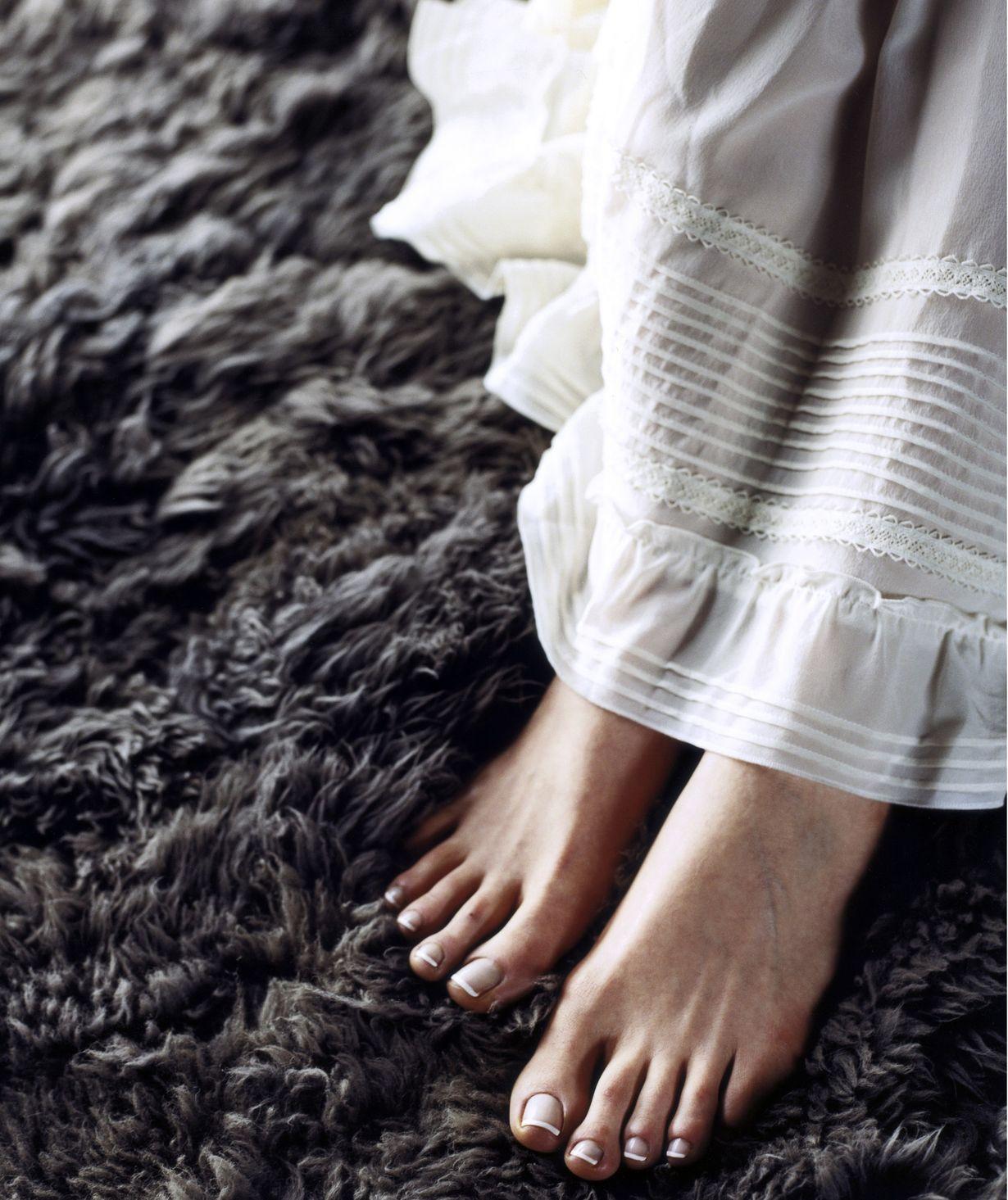 Näillä erikoisvoiteilla saat pika-avun paleleville tai hikoileville jaloille.