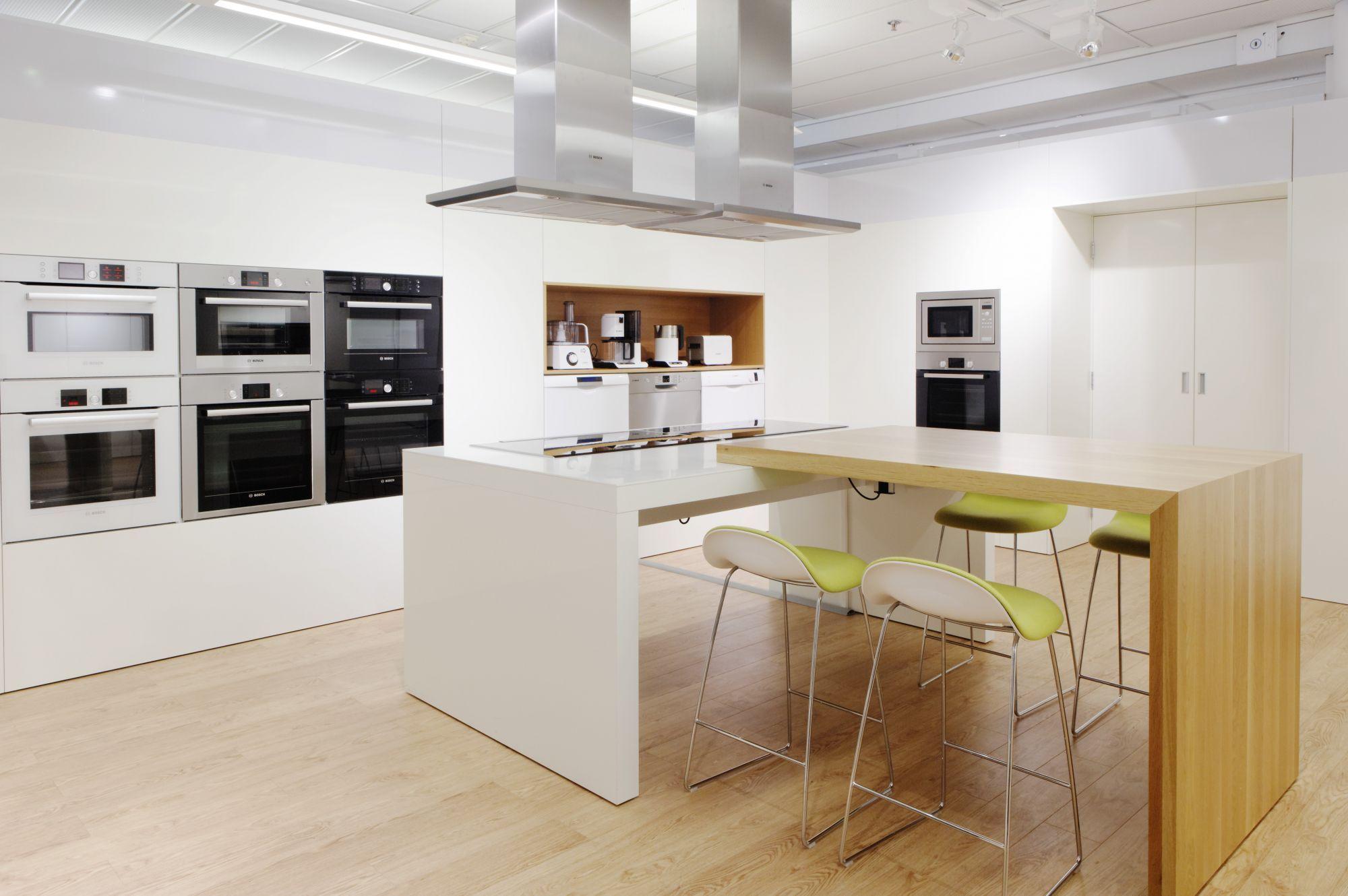 bosch appliance showroom - Google Search | 形象 | Kitchen ...
