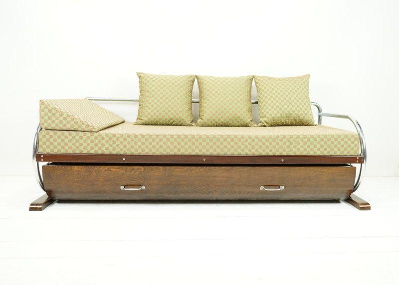 Vintage Betten Bauhaus Sofa Vintage Tagesbett Mit Bettkasten Ein Designerstuck Von Ferdinand Big Sofa Mit Schlaffunktion Sofa Mit Bettfunktion Kleine Couch