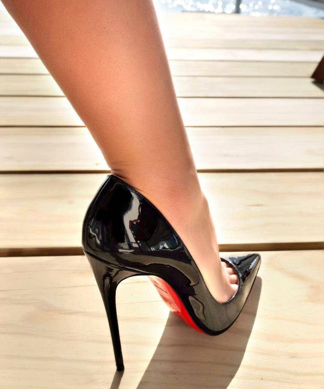 Ebony bitches high heel boots