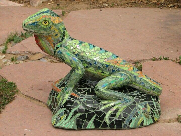 Mosaic sculpture Lizard by PJ Halloran