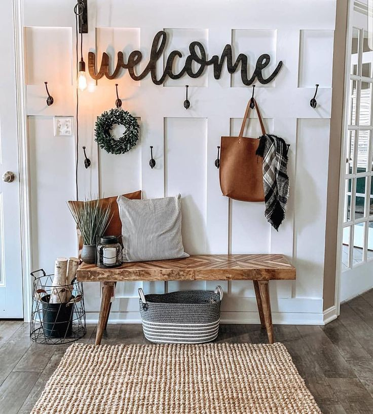 "Photo of Farmhouse Stylebook on Instagram: ""I adore this entrance … the welcome sign … – Home accessories blog"