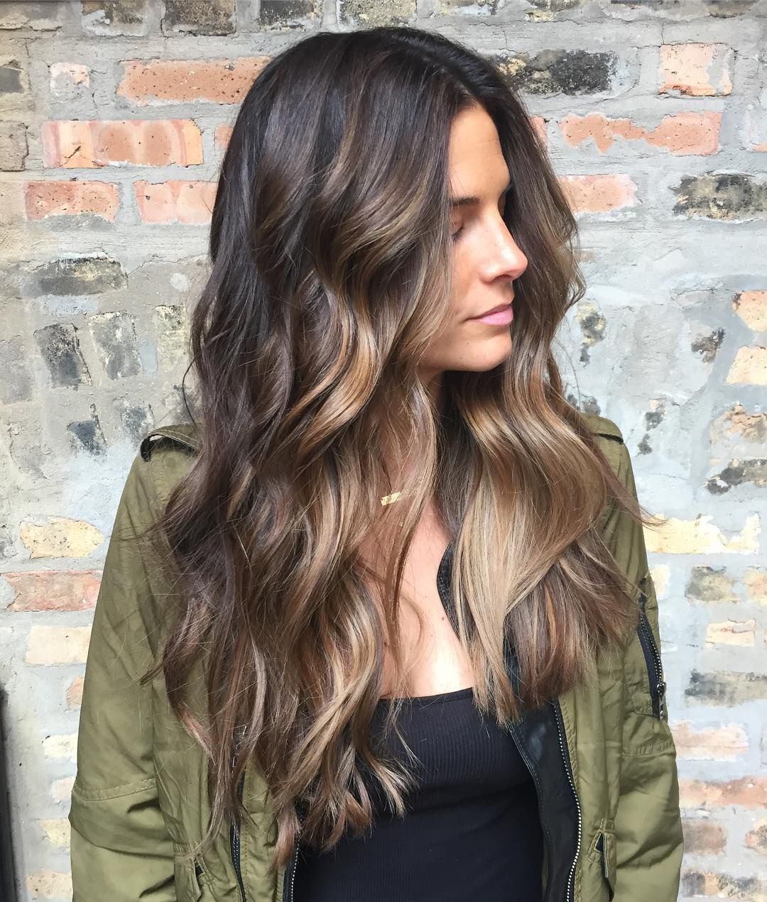 "danieljamesCOLOR on Instagram: ""#balayage #brunette � #danieldoescolour"""