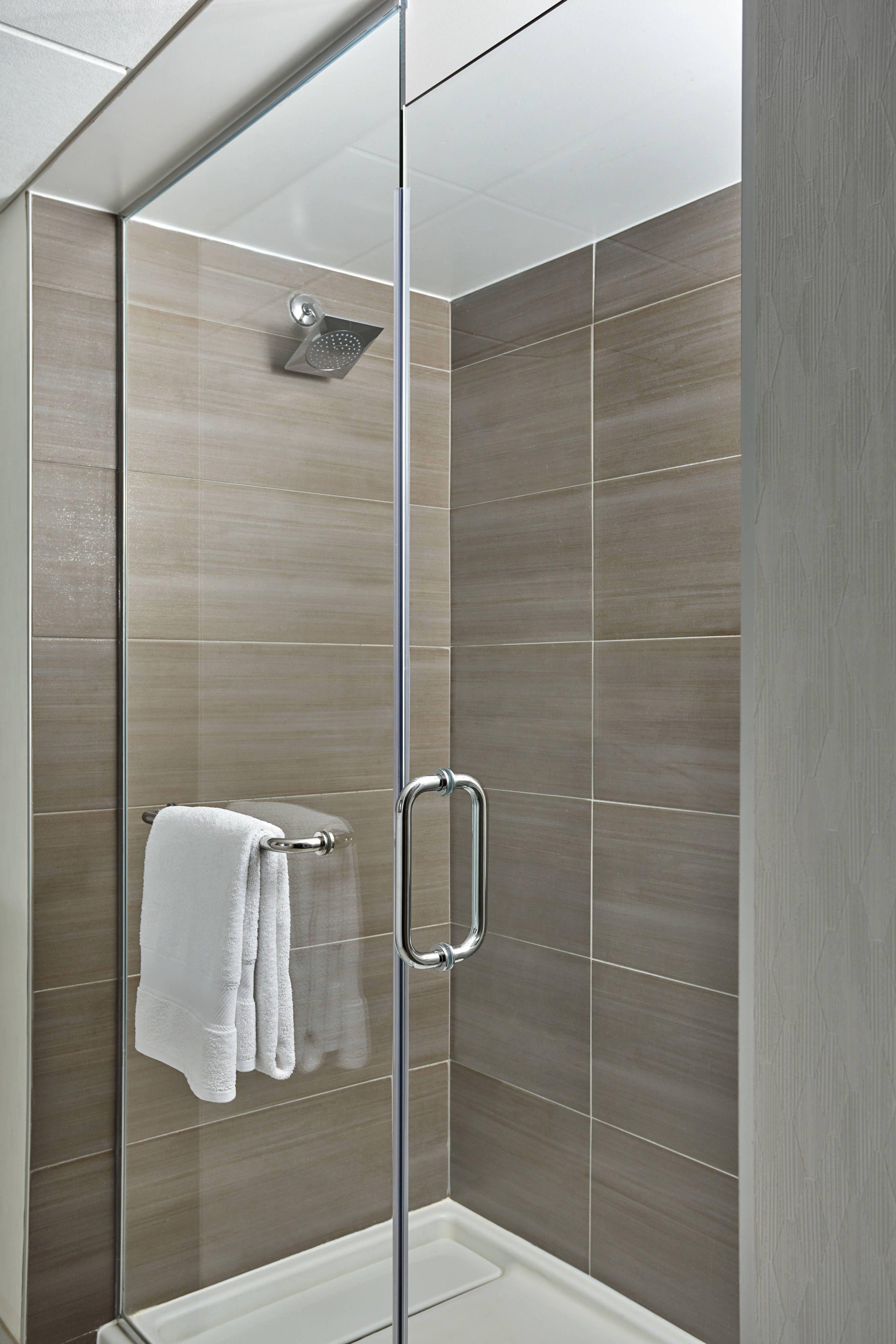 Bethesda Marriott Guest Bathroom Shower Beautiful Travel Holidays Guest Bathroom Marriott Bathroom Shower