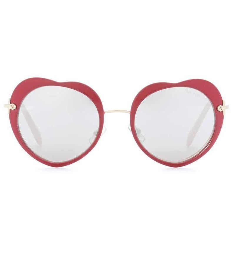 lunettes couleur   les plus jolies lunettes de soleil de couleur repérées  dans la rue - Elle 6c71aaabbca6