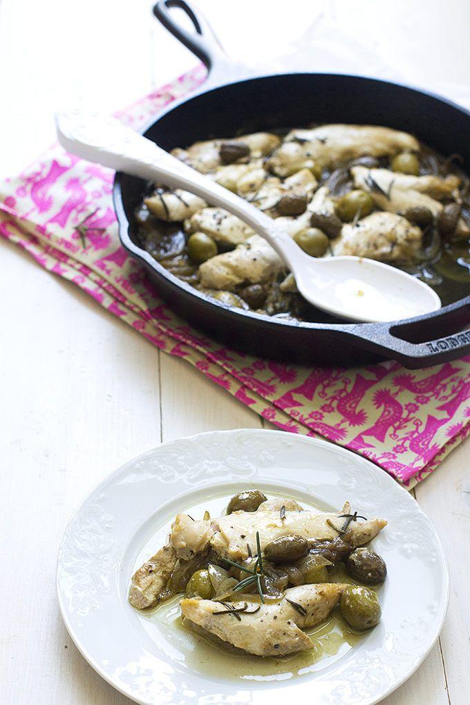 Pollo Con Aceitunas Verdes Receta De Familia Cocinando Con Catman Receta Recetas Con Aceitunas Comidas Con Pollo Aceitunas