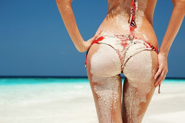 Fat or implants? The derriere debate