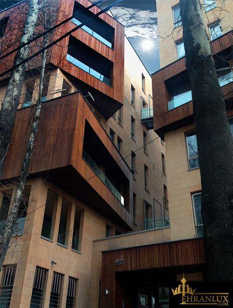 مجتمع مسکونی باغ مهر در منطقه نیاوران توسط دفتر معماری بن سار طراحی شده است که جزء تقدیرشوندگان در دوازدهمین دوره جایزه معمار در گروه مسکونی بوده است.