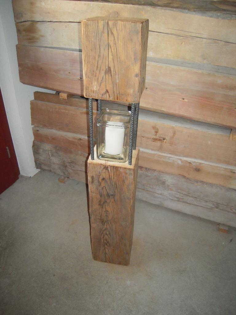 laternen aus alten balken wohn design. Black Bedroom Furniture Sets. Home Design Ideas