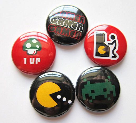 pokemon go Friends logo set of 2 pins // buttons // badges // NEW 1 inch