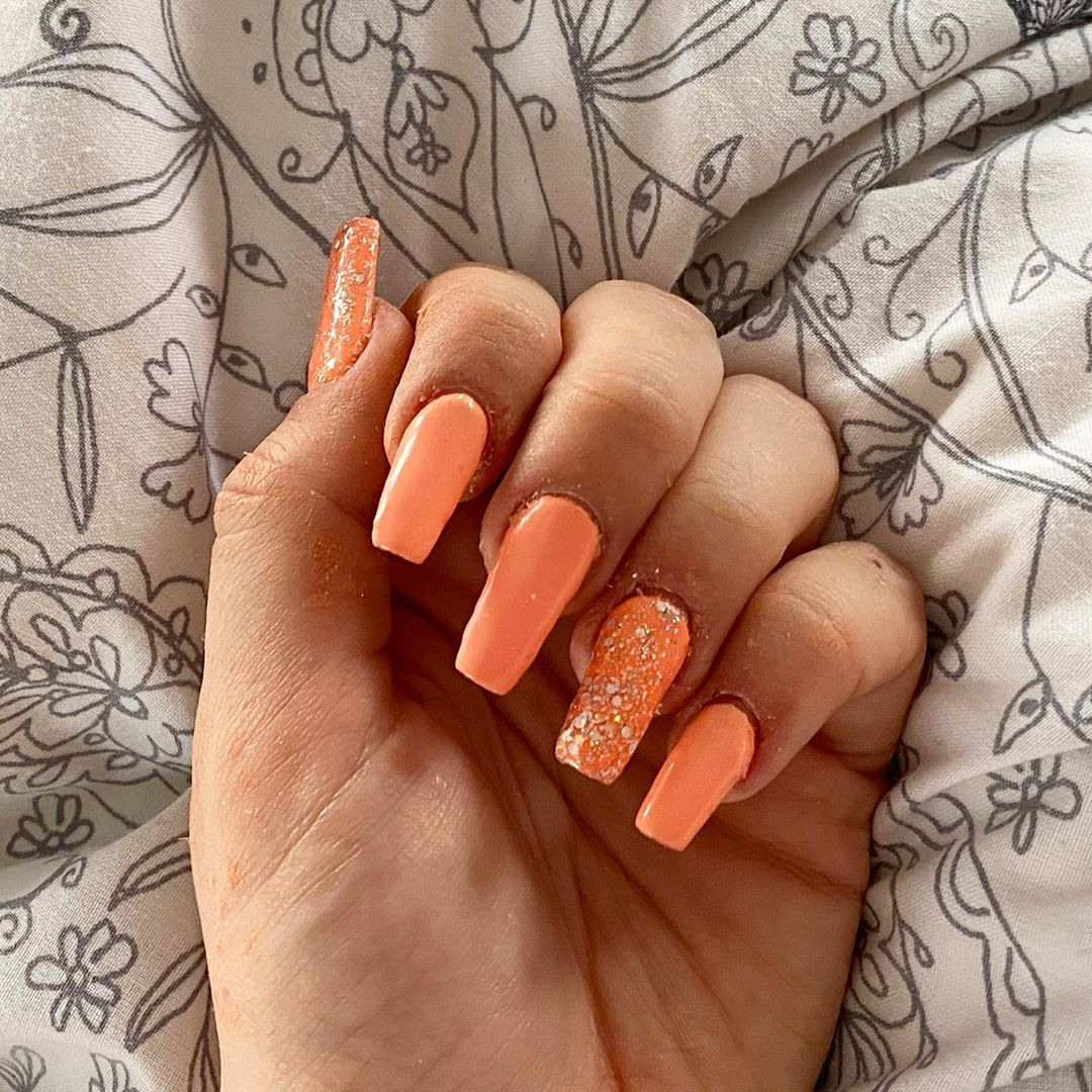 Pretty corals 🧡 - gel extensions with @blueskynails gel polish & glitter ✨✨ * * * * * * * * * * * * * * * * * * * * #nails #nail #nailpolish #nailstagram #naildesign #naildesigns #nailaddict #nails💅 #nailpolishaddict #nailsdone #nailfashion #nailsdesign #nailgasm #nailsofig #nailpro #nailart #nailartist #nailartaddict #nailartclub #nailartjunkie #nailartdesign #nailarts #nailartheaven #nailartaddicts #nailartpromote #nailartofinstagram #nailartlove #nailartdesigns #nailartoftheday #nailartappr
