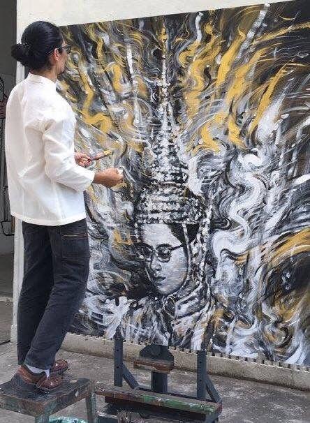 """""""THE KING"""" """"ข้าพระพุทธเจ้า ขอน้อมเกล้าน้อมกระหม่อมรำลึกในพระมหากรุณาธิคุณหาที่สุดมิได้ """"  Artist:Rungsak Dokbua   รุ่งศักดิ์ ดอกบัว Oil On Canvas 130x150 CM."""