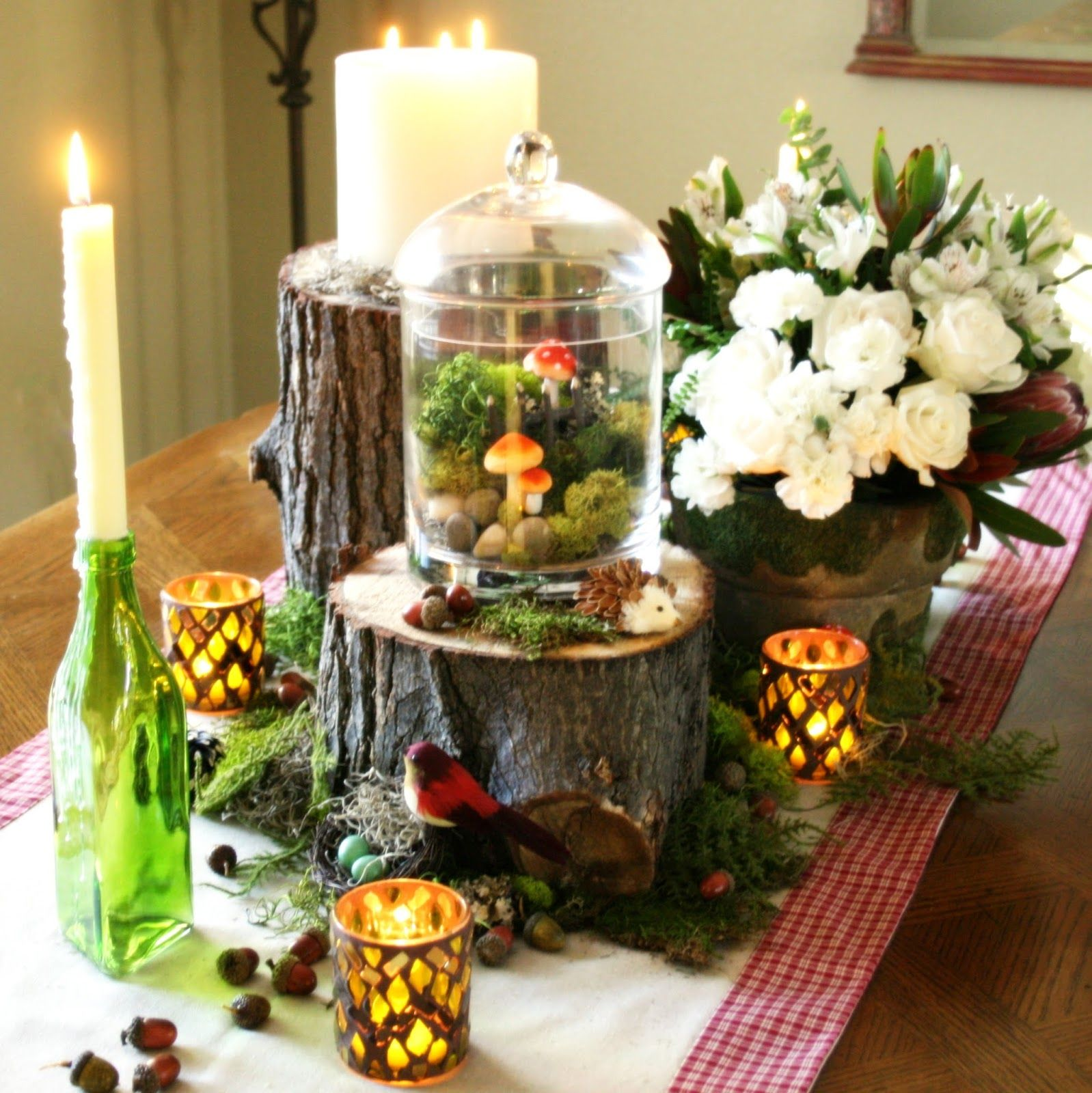Woodland theme table decor Link to blog with more detailed photos